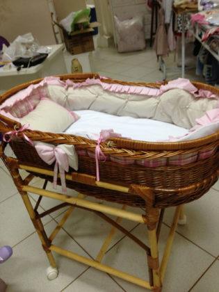Moises para quarto de bebê