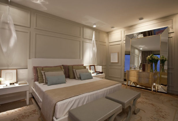 Decoração moderna de quarto de casal
