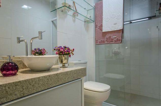 Banheiro de apartamento pequeno