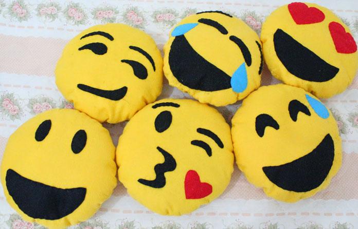 Como fazer almofadas de emoji