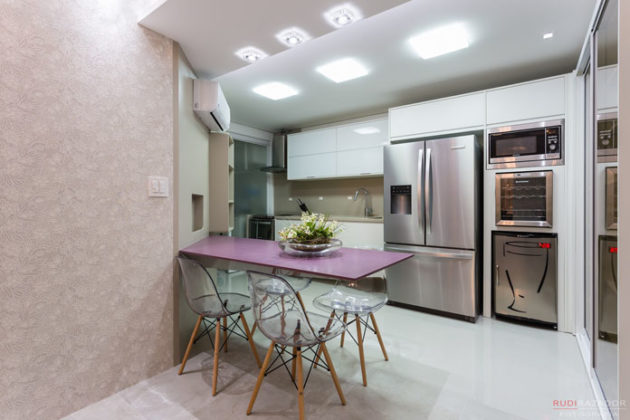 Cozinha americana com copa em espaços pequenos