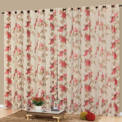 Decoração com cortinas florais