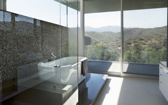 Sala de banho pequena