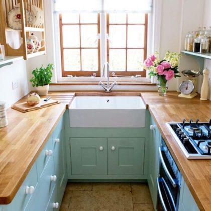 Armário de cozinha de madeira