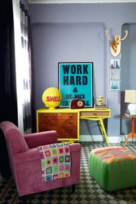 Decoração de sala pequena colorida