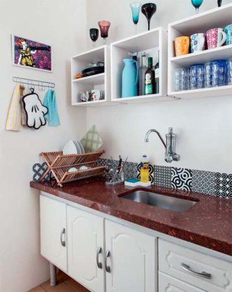 Prateleiras ou nichos de cozinha