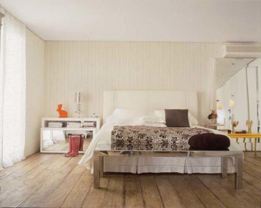 Quartos com piso de madeira de demolição