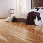 Quartos com piso laminado