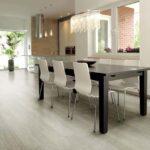 Decoração de sala de jantar simples