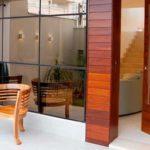 Porta pivotante madeira