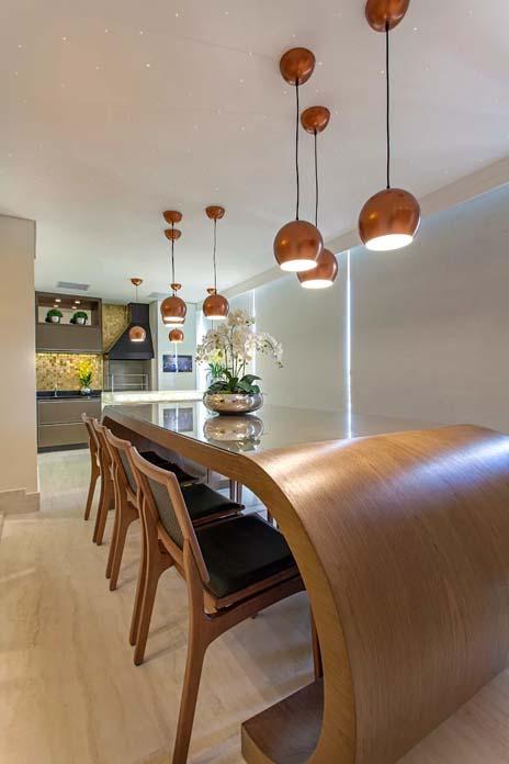 Decoração contemporânea Mesas e bancadas