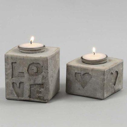 Castiçais de cimento