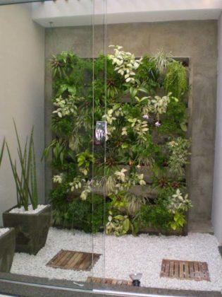 Jardim vertical com orquídeas
