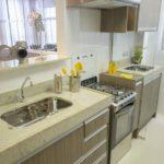 Decoração de lavanderia com a cozinha