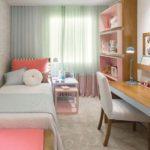 quarto infantil decorado com cortina