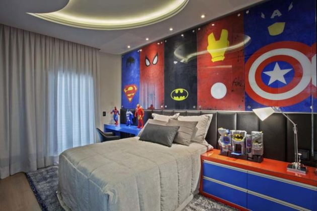 quarto infantil decorado com cortina