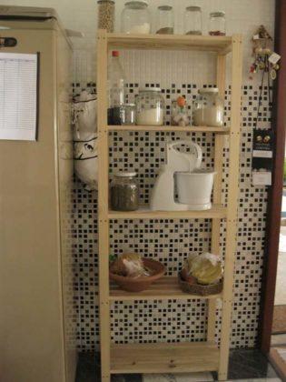 Estantes para cozinha