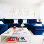 Sofá azul royal