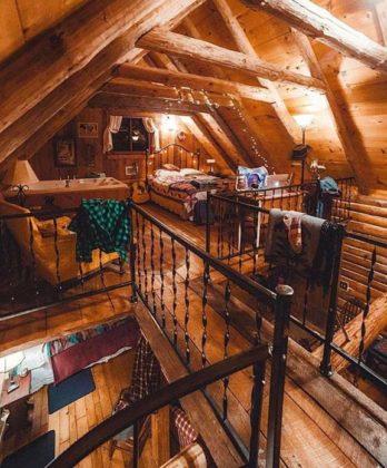 Mezanino de madeira