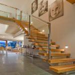 Design diferente de escada para sala