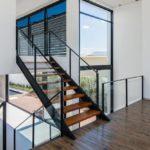 guarda-corpo de vidro escada