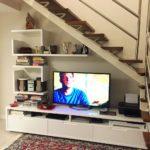rack embaixo da escada