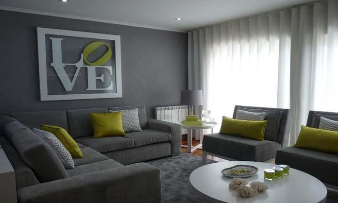 Amarelo e cinza em salas de estar