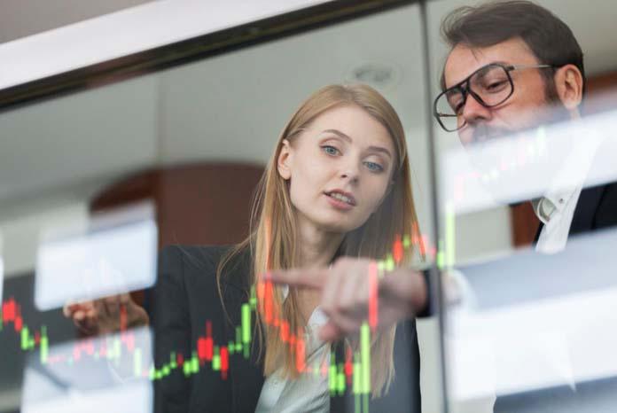 Analistas financeiros