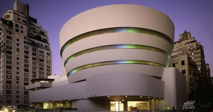 Solomon R. Guggenheim Museum uma das arquiteturas curvilíneas mais lindas do mundo