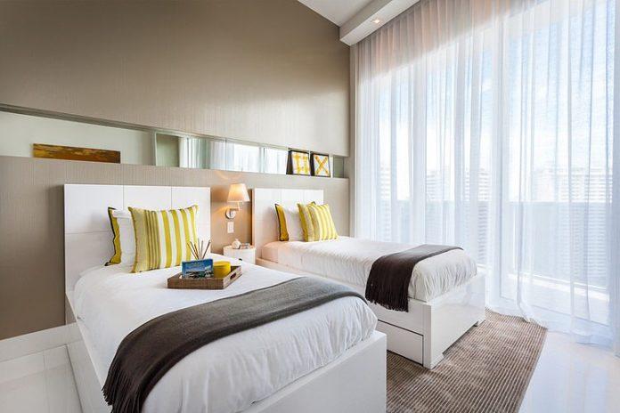 Decoração para quarto de visitas em cores harmônicas