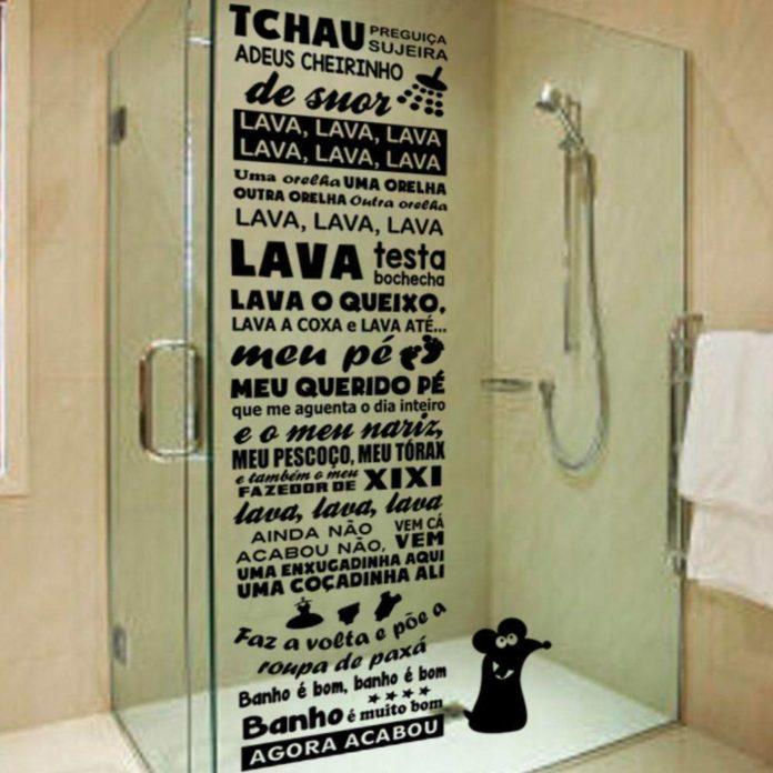 Adesivos para se colocar no box do banheiro
