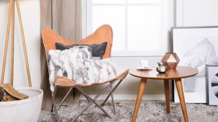 Mesa de centro em madeira estilo retrô