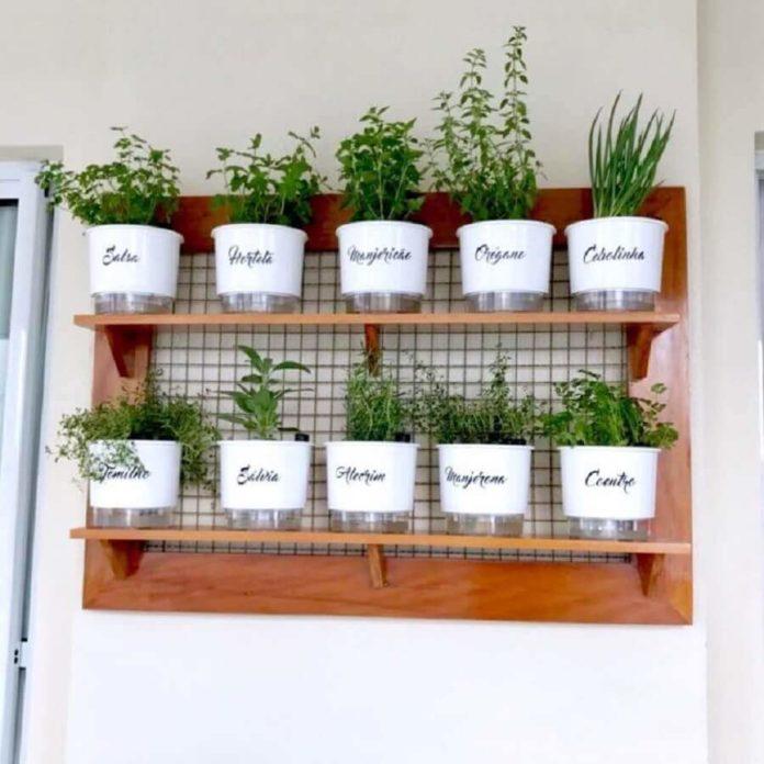 hortas suspensas com materiais re-utilizáveis