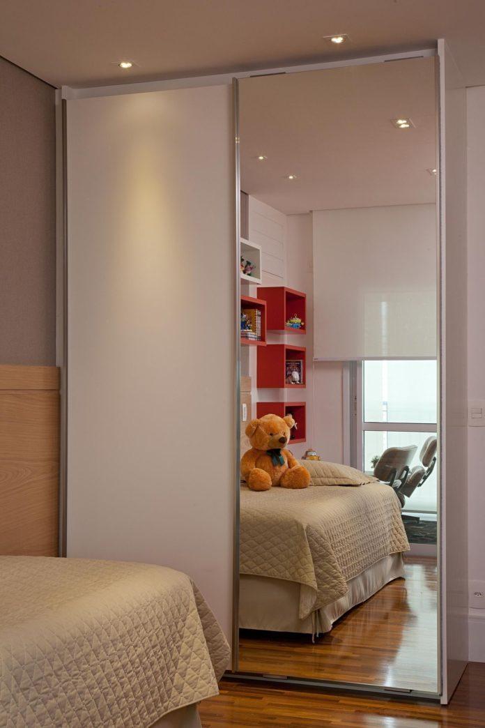portas de correr para quartos com pouco espaço