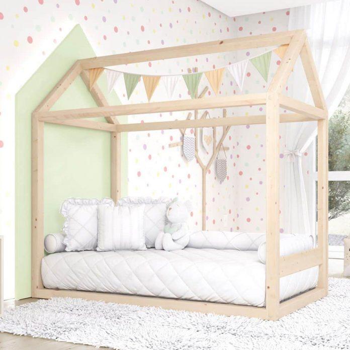 Cama em formato de casinha