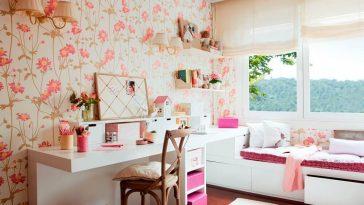 quarto com decoração de flores