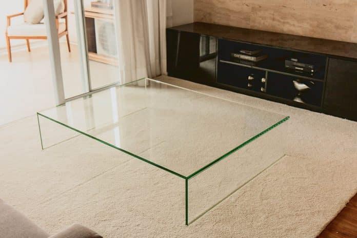 Móvel de vidro
