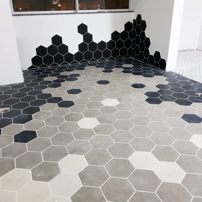 piso hexagonal para o chão mudando a forma e as cores