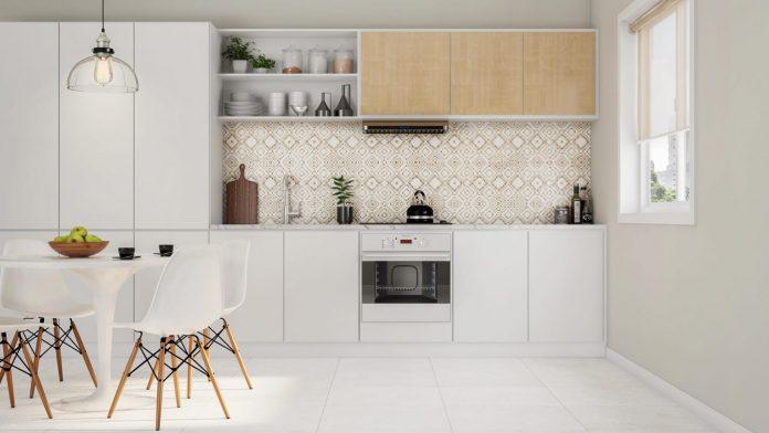os hexágonos vieram de uma maneira mais sutil com um jogo de azulejos e trouxe muita beleza e personalidade a cozinha