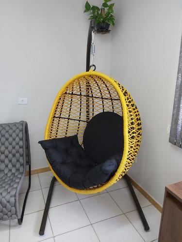 Cadeira de balanço suspensa com suporte
